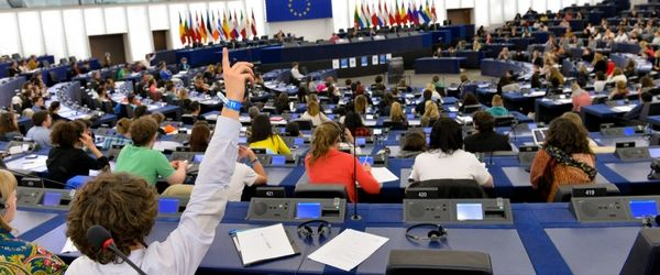 Young person asking question at the European Parliament