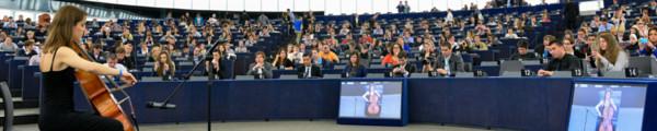 Künstlerische Leistung in der Plenarsitzung des Europäischen Parlaments