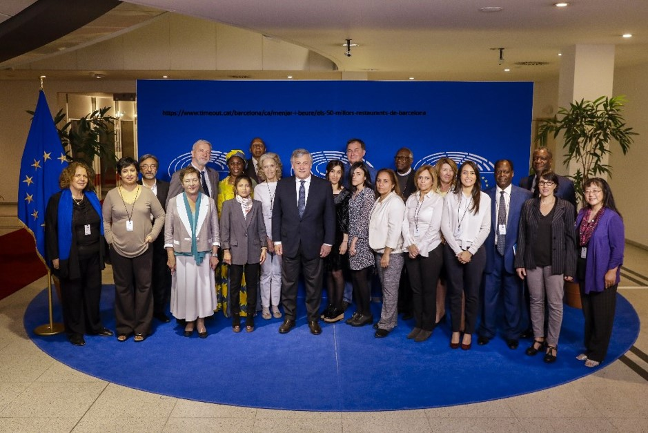 Sakharov Prize Network group photo with President Tajani